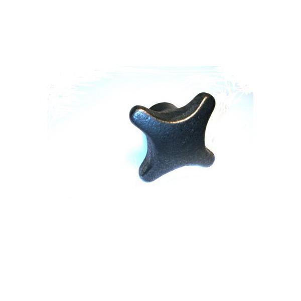 Ecrou à crosillon taraudé à 14 ISO trou borgne SN° 284-2
