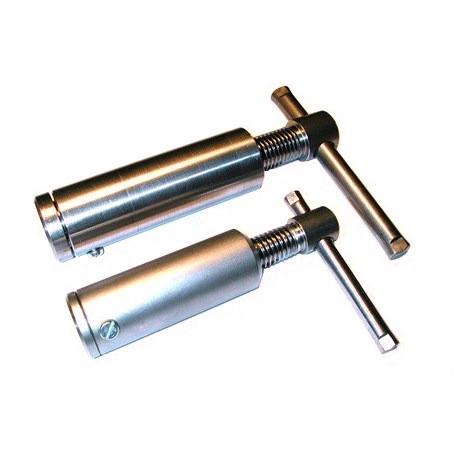 Pompe de serrage à souder diamètre 28 SN° 30