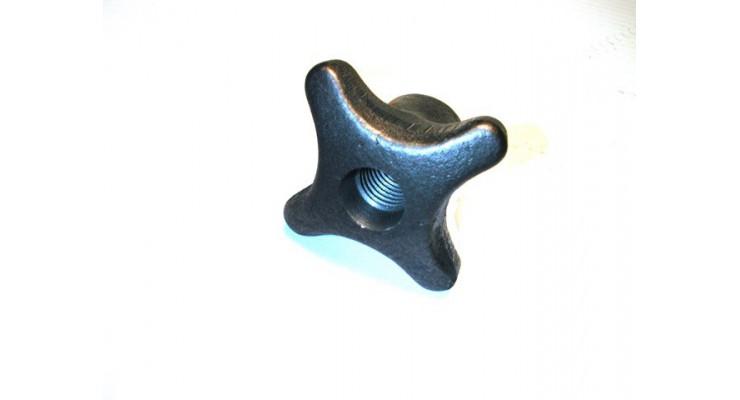 Ecrou à croisillon taraudé trou débouchant  SN° 284-1